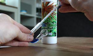 CO2-Dauertest Einfüllen per Pipette der Reagenz