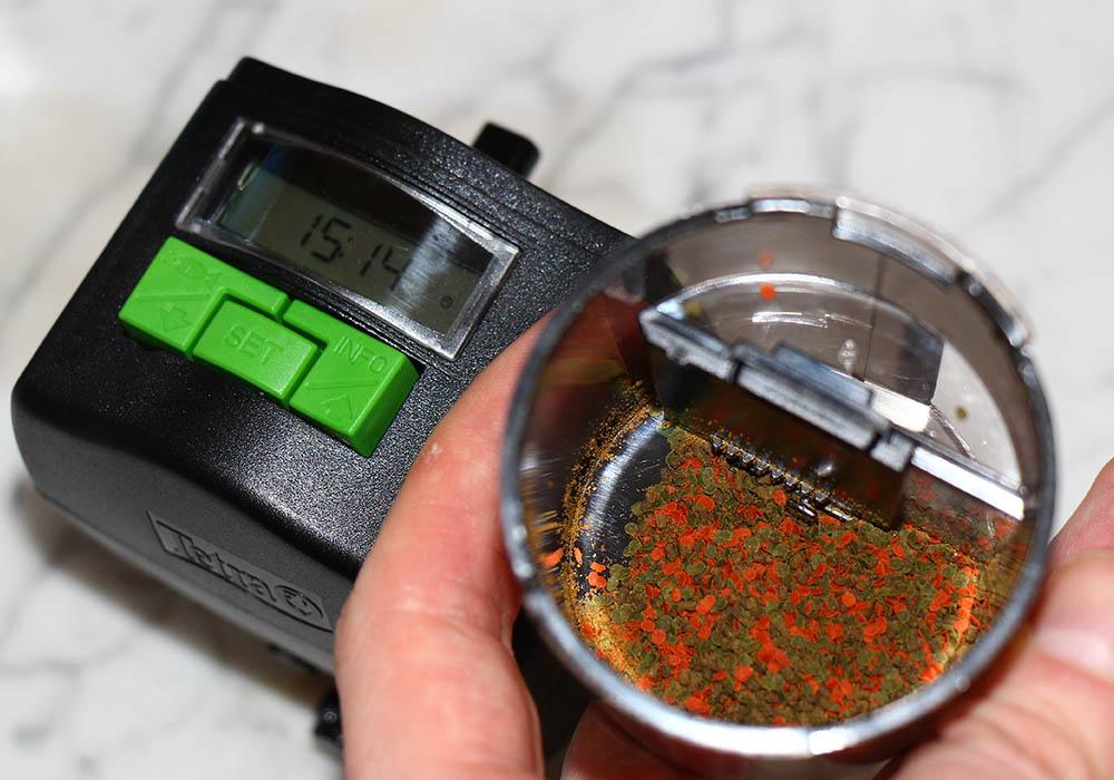 Der Tetra myFeeder im Test: das kann der Futterautomat! 🍔 2